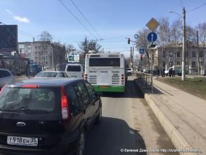 Автобусы находящиеся в розыске ездят по улицам Вологды (2).jpg