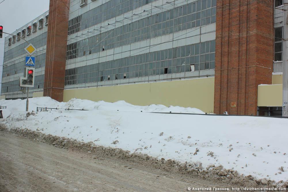 Снег на улицах Вологды на 20 марта 2013 года (14)