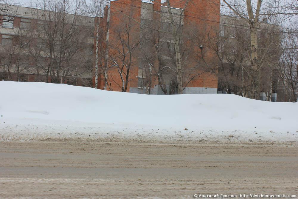 Снег на улицах Вологды на 20 марта 2013 года (21)