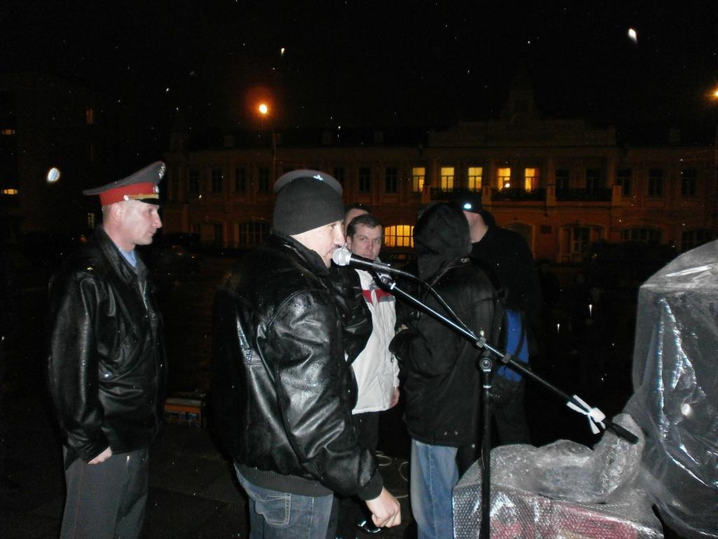 Анатолий Грязнов на митинге 31 октября