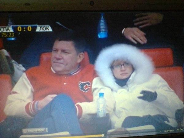 Кувшинников с кем-то на футболе