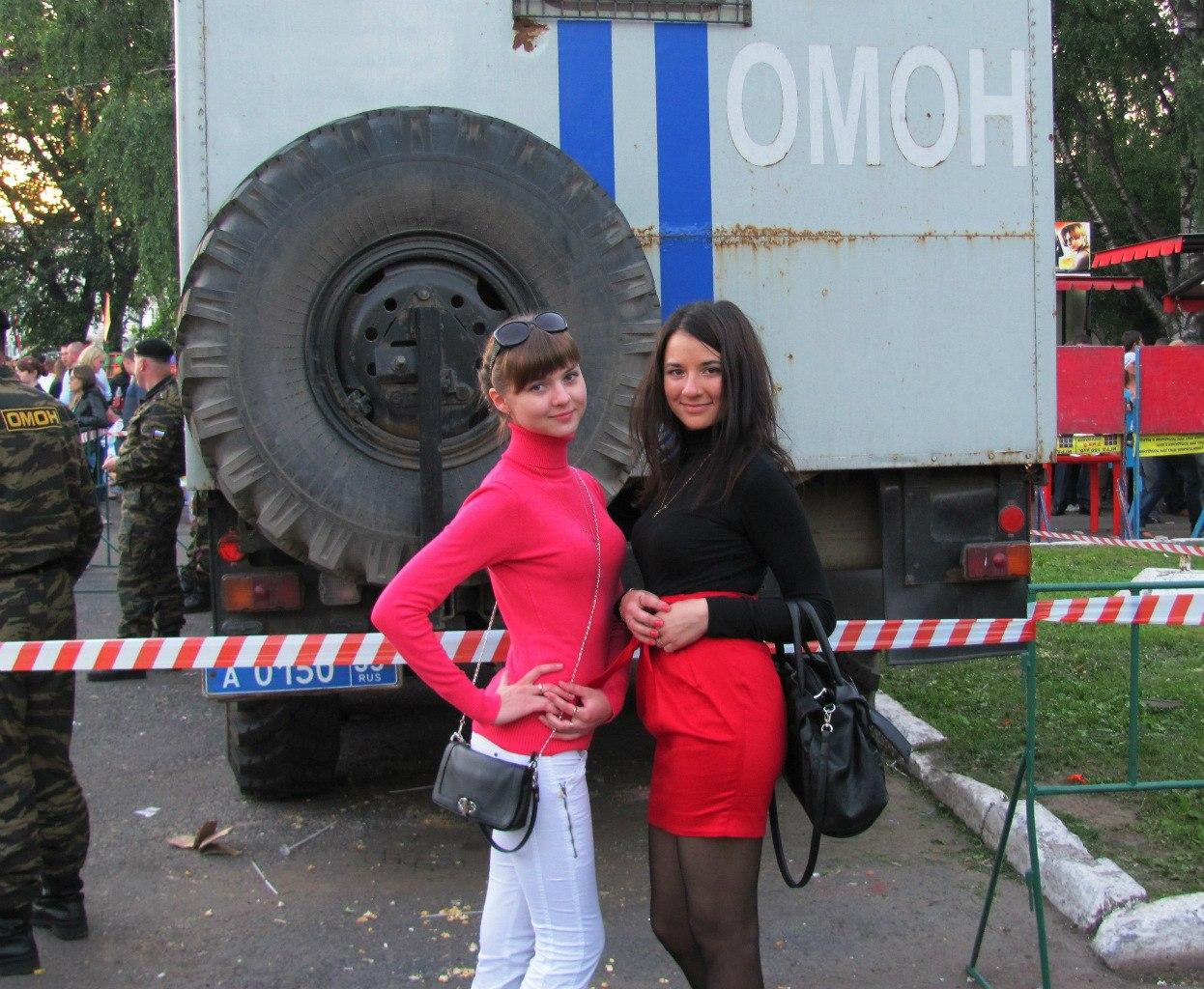 Алина Репина и ОМОН