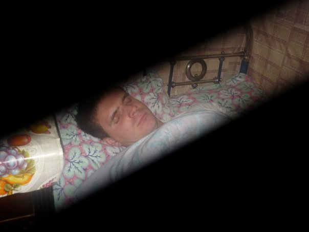 Леша Драницын спит
