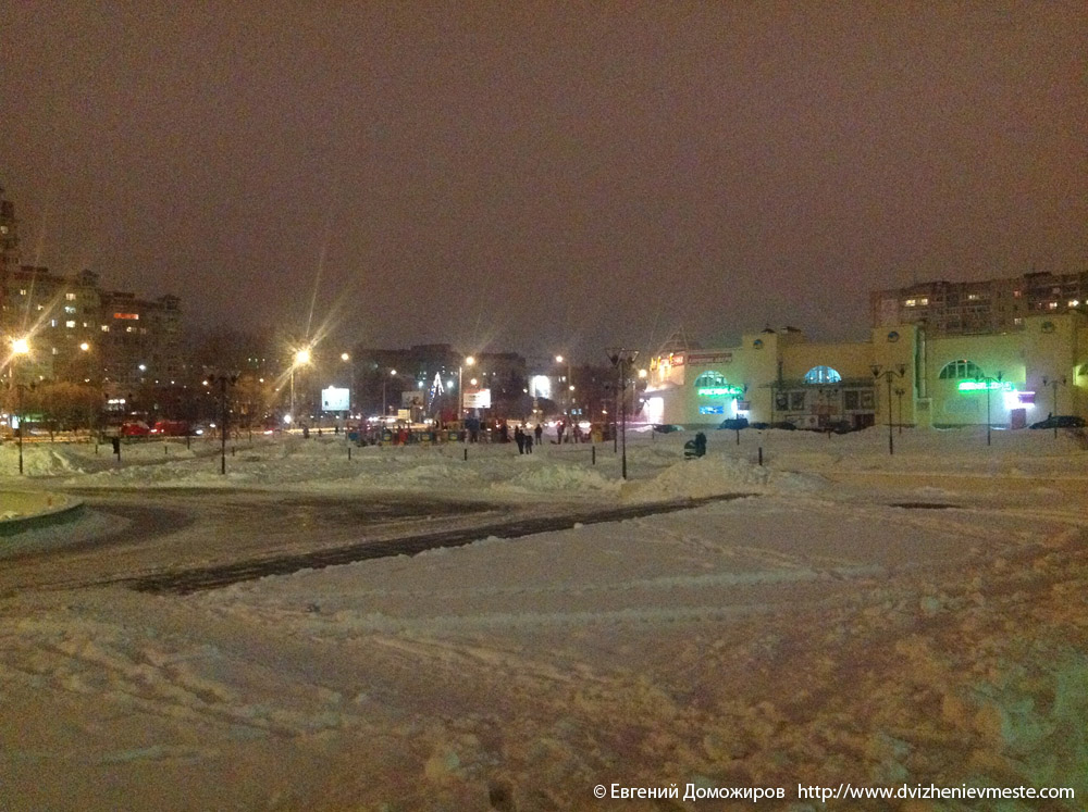 Обещание Главы города Вологда Евгения Шулепова поставить елку на площади Федулова к 10-му декабря 2012 года