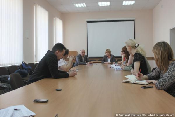 Встреча инициативной группы Пролетарская 75 с представителями властей (2)