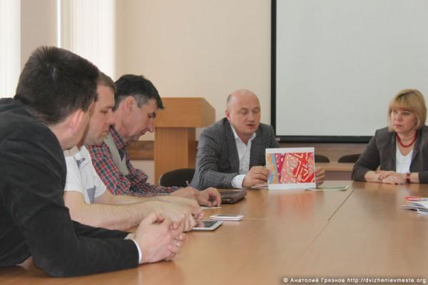 Встреча инициативной группы Пролетарская 75 с представителями властей (4)