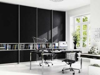 Офисные варианты встроенных шкафов-купе