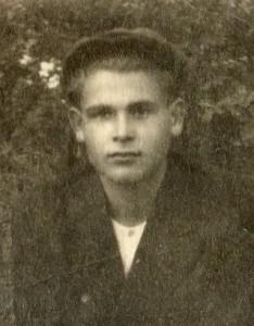 1948 г. Курган С сестрой Линой, зятем и племянником Виктором