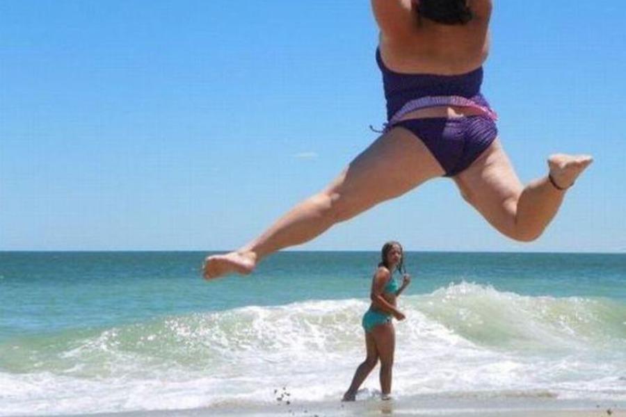 на пляже толстые фото