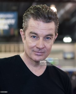 actor-james-marsters-attends-wizard-world-comic-con-philadelphia-2017-picture-id691819954