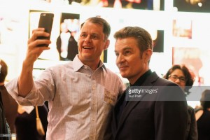 James Marsters & fan at MoPOP Marvel Opening Ceremony in Seattle