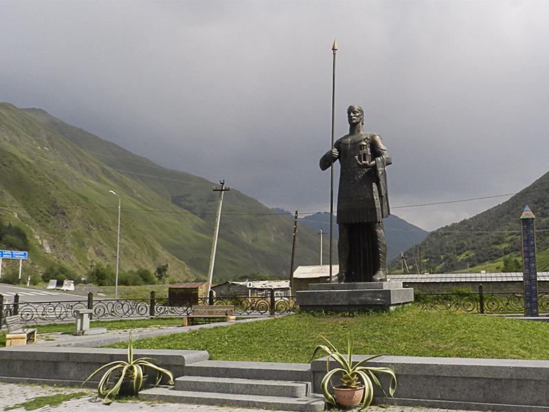 Памятник с крестом на просвет Лермонтовский проспект изготовление памятников и надгробие.мд