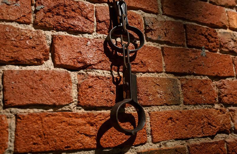 Средневековый дурдом: Бедлам, который ещё не бедлам, вино и цепи для цюрихских