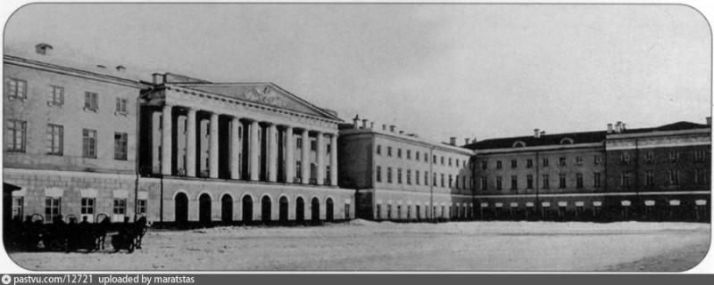 Инвалидный дом, когда он уже стал Московским Екатерининским институтом благородных девиц