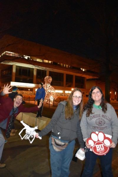 042 Fanny Pack Photobomb Student Center