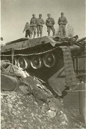 T-34_bridge.jpg