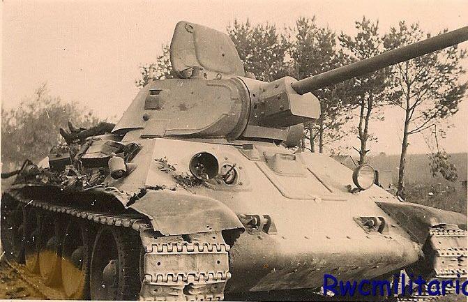 T-34_dead_on_MTO_02.jpg