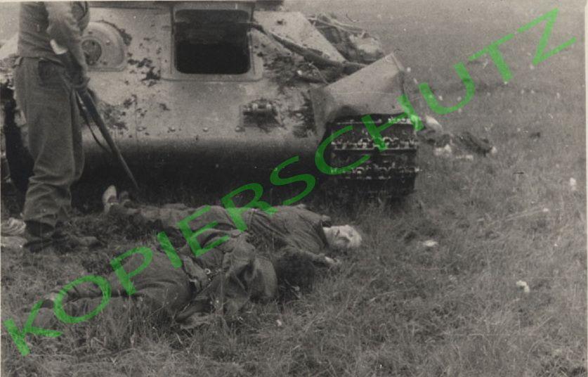 T-34_women.jpg