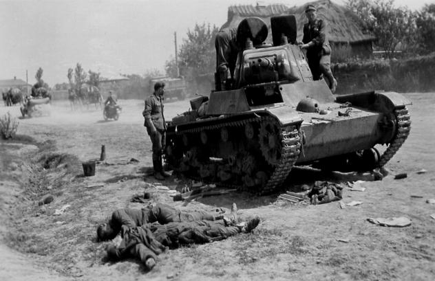T-26_1940_obochina_dead.jpg