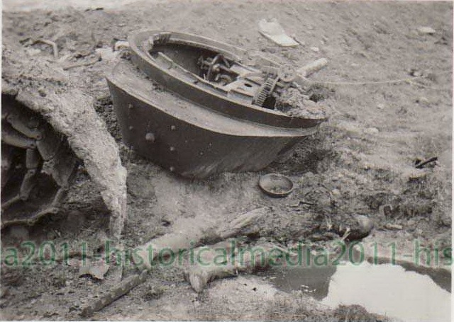 T-34_turret_off_dead.jpg