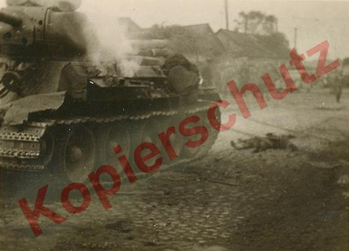 T-34_Minsk_first.JPG