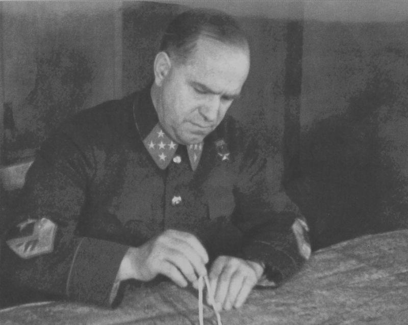 К 120-летию со дня рождения Г.К.Жукова Zhukov_Zap_fr_Nov_1941.jpg