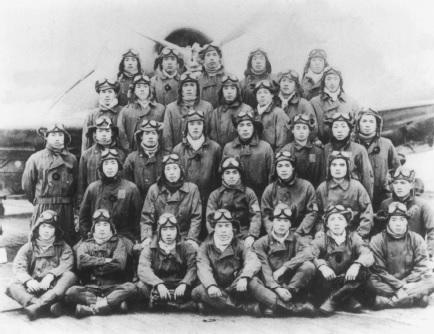Kaga_torpedo_pilots.jpg