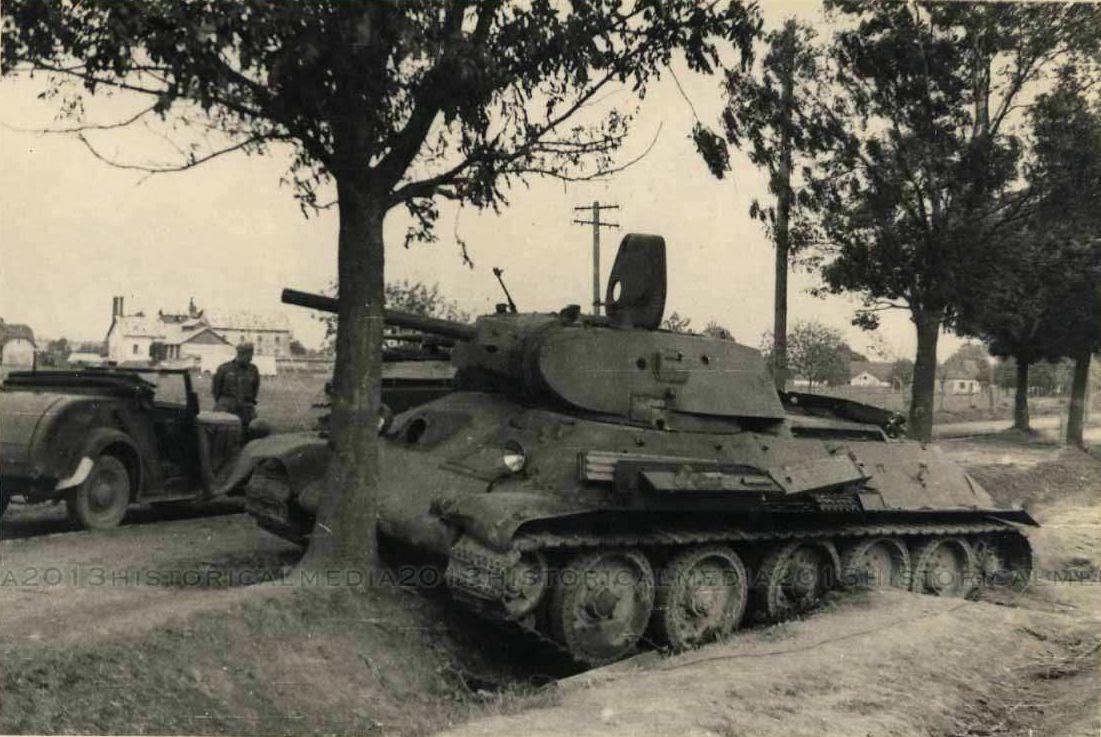 T-34_Radzekhov.jpg