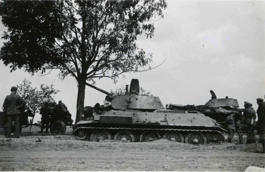 T-34_Radzekhov_III.jpg