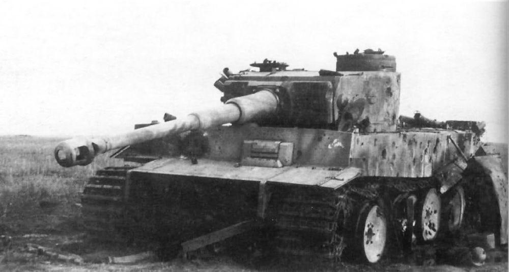 Tiger_505_schwere_panzer_abteilung_destroyed