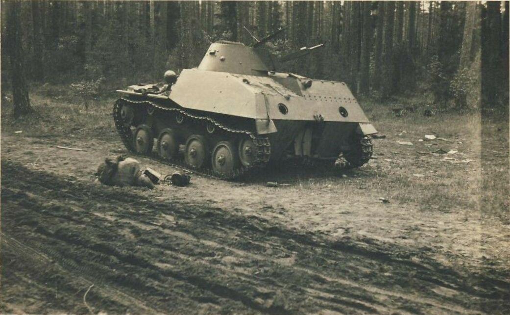 Т-40 погибший.jpg