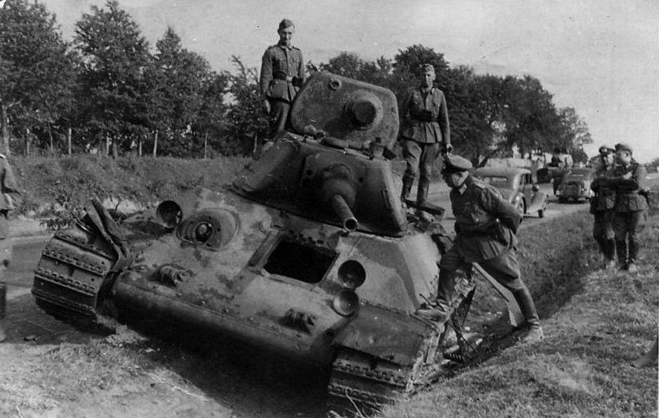 T-34_12td_front.jpg