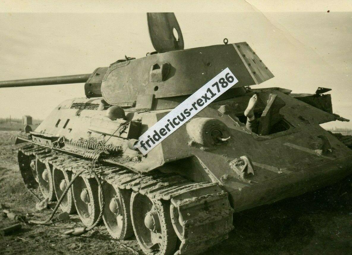 T-34_luk_noga.jpg