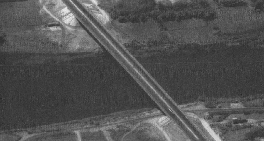 Bridge_Peach_air.jpg