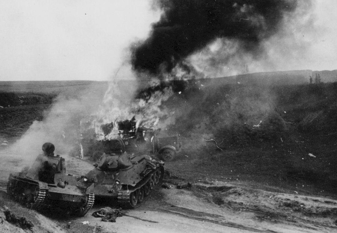 T-34_Ozernitza_Henschel_burns.jpg