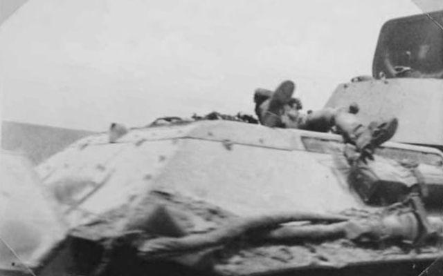 T-34_dead_on_MTO_04.jpg