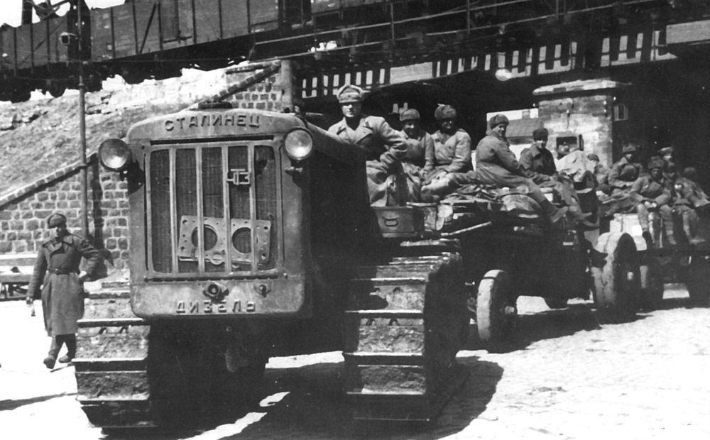 S-65_artillery_1943.jpg