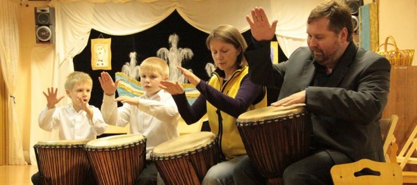 Марамзины играют на барабанах