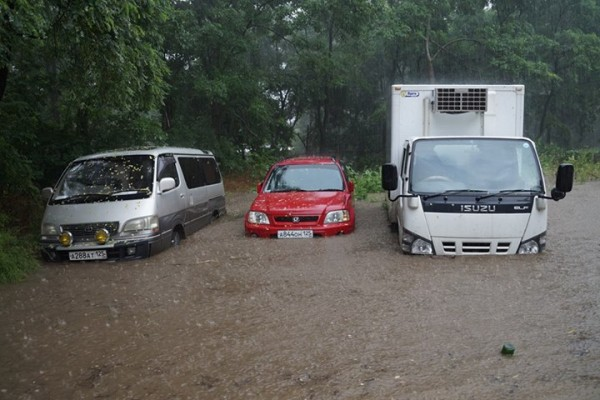 Владивосток 2014.19.07 тайфун-1