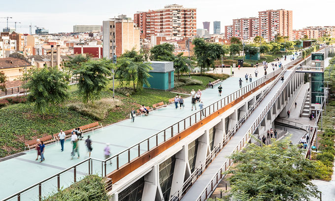 jardins-de-la-rambla-de-sants-barcelona-elevated-park-sergi-godia-ana-molino-01