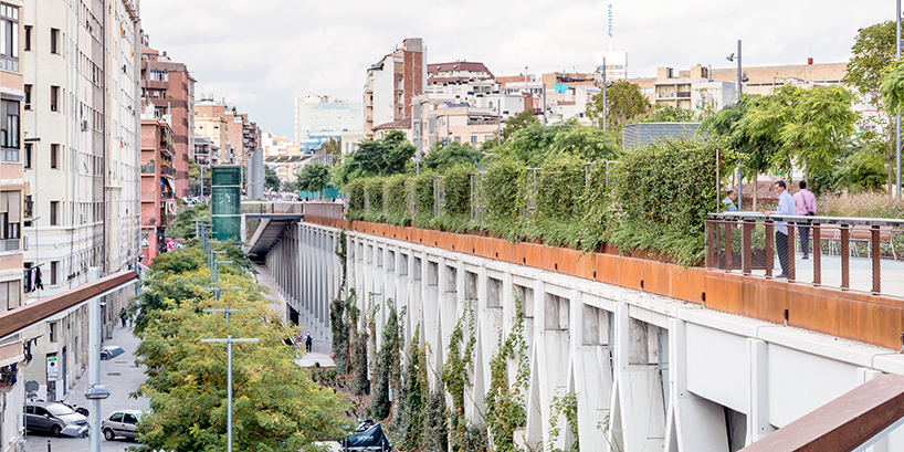 jardins-de-la-rambla-de-sants-barcelona-elevated-park-sergi-godia-ana-molino-designboom-03