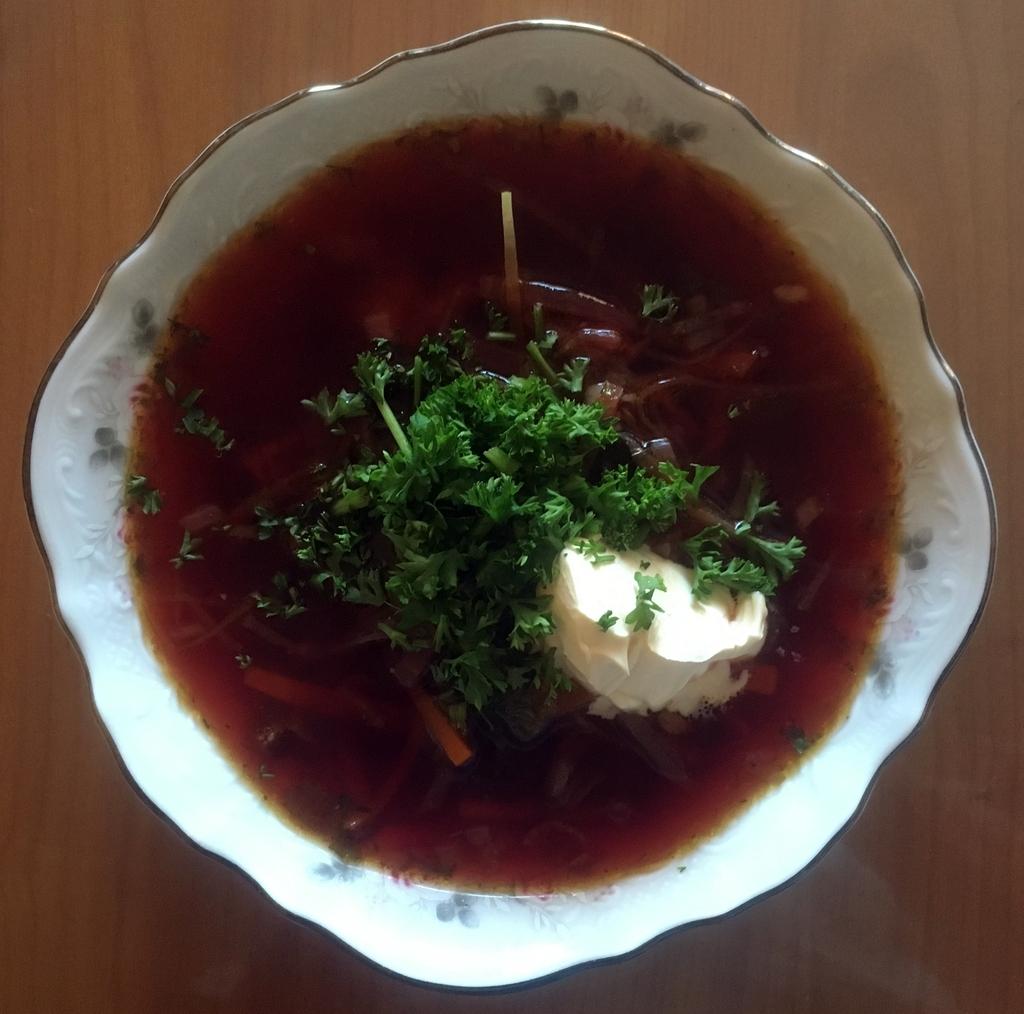 Борщ сборный с грибами и фасолью
