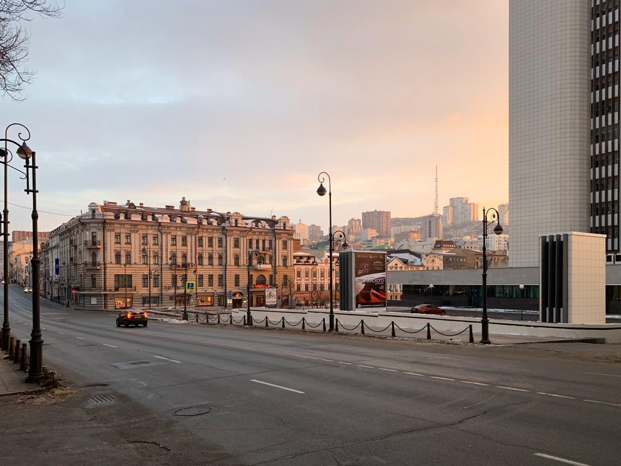 Город просыпается