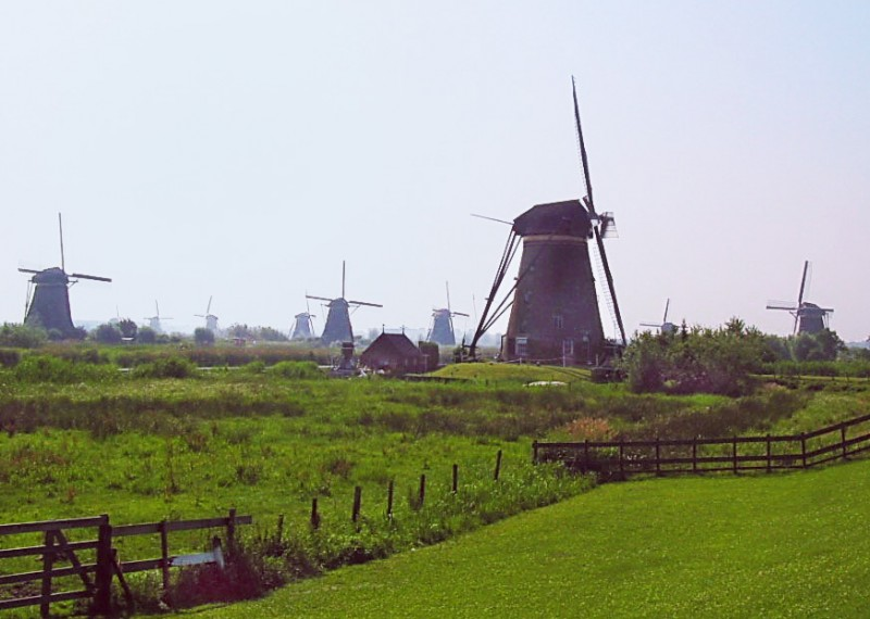 Kinderdijk-Holland (1d)_s