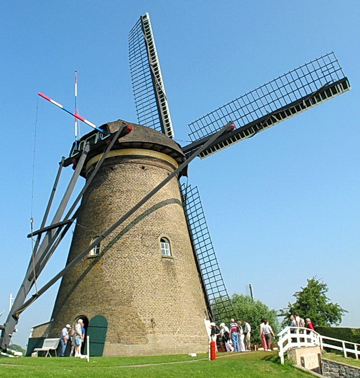 Kinderdijk-Holland (2a)_s