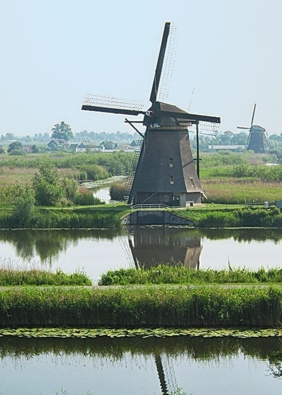 Kinderdijk-Holland (5b)_s