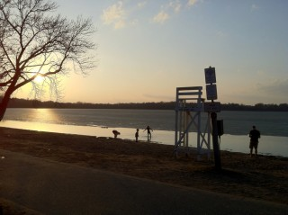 St. Patrick's Day in the age of warming - Lake Harriet (76 F)