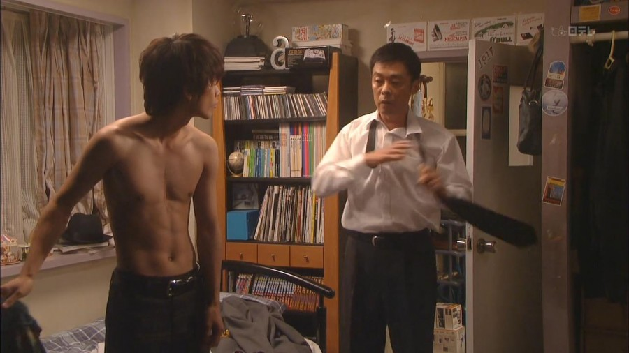 Takeru Sato Shirtless 01
