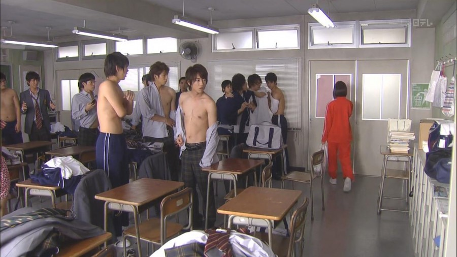 Takeru Sato Shirtless 02