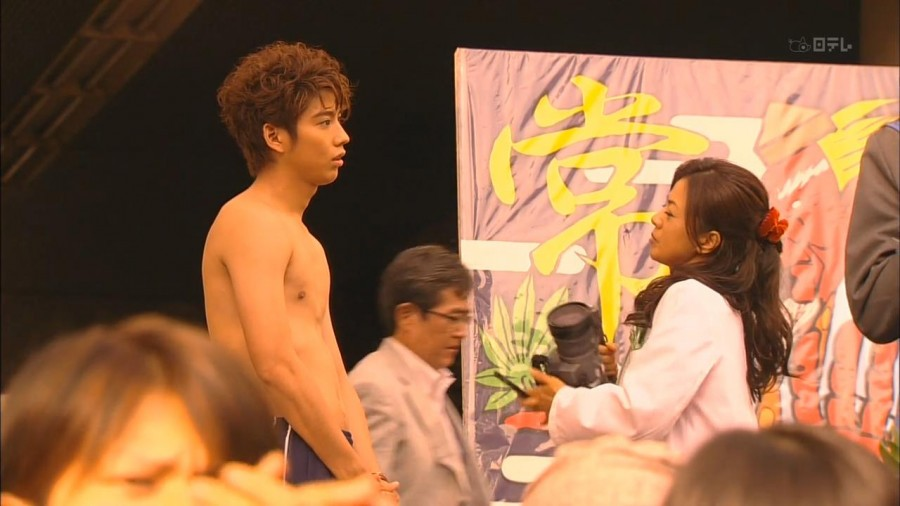 Kento Kaku Shirtless 01